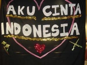 http://1.bp.blogspot.com/_Tly9U_AqAOs/Scs8irs5ruI/AAAAAAAAAH8/Qu-ivCh_y98/s320/0AkuCintaIndonesia!.JPG